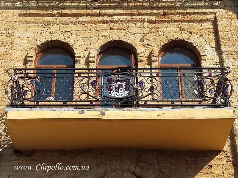 декоративные перила для балкона