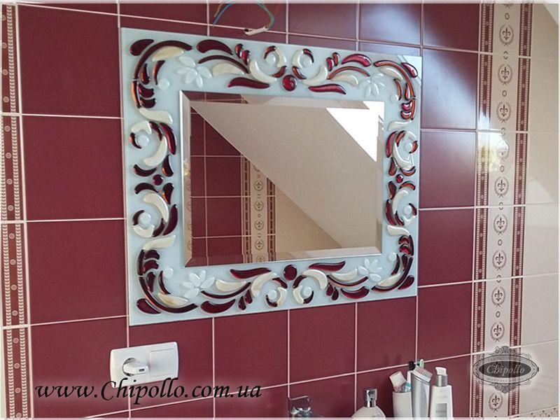 зеркало с витражным декором в ванной