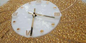 оформление часов золотом